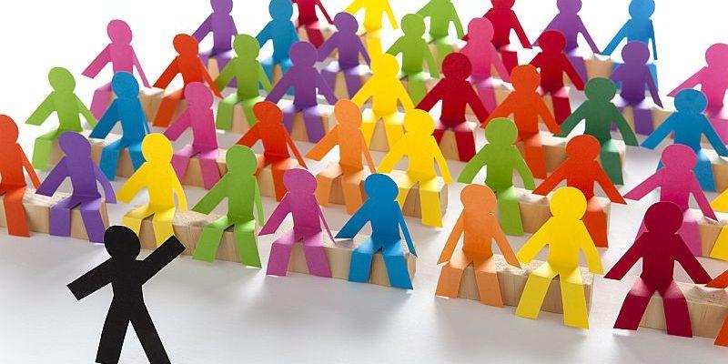 Medidas temporárias respeitantes às assembleias gerais de sociedades europeias e sociedades cooperativas europeias